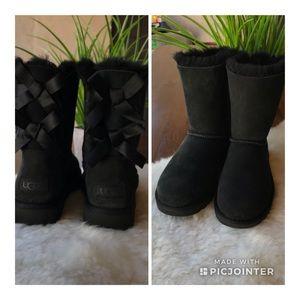 ❤️❤️UGG II Bailey Bow Size 5 BNWT ❤️❤️